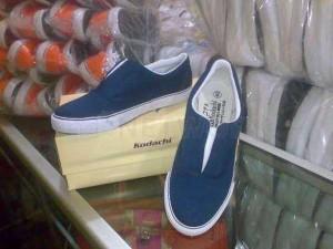 pabrik sepatu karyawan 8136