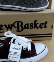 Sepatu New Basket Hitam Putih Pendek SD