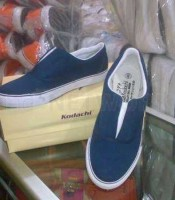 Produsen & Pabrik Sepatu karyawan