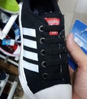 Produsen & Pabrik Sepatu olahraga online
