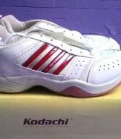 sepatu olahraga badminton , lari , jogging kodachi aro pro kodachi